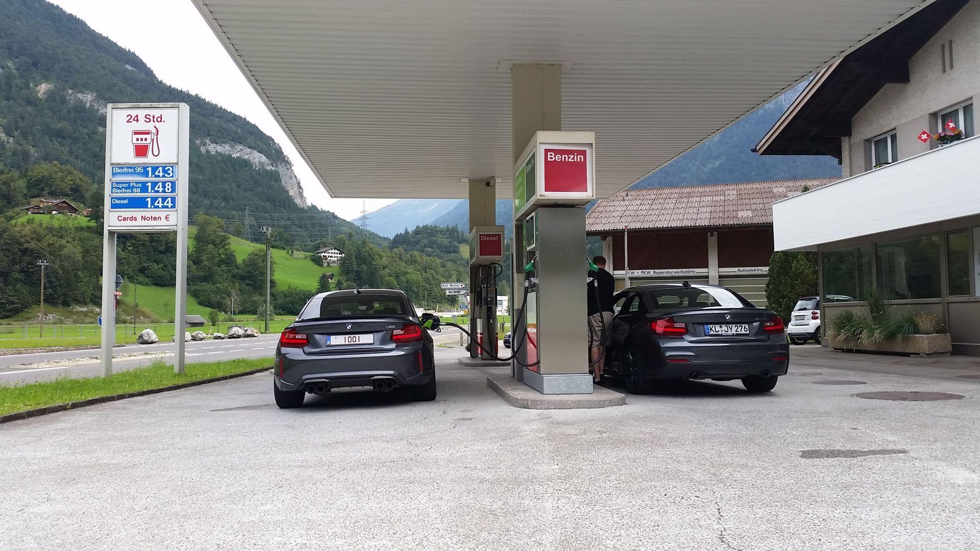 Name:  Refuel_Alps_M2_M235i.jpg Views: 3278 Size:  392.3 KB