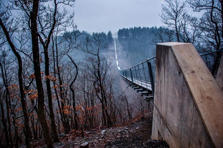 Name:  suspension bridge hängeseilbrücke geierlay  0407-Gemma-Geierlay-Germany's-Longest-Suspension-Bri.jpg Views: 3479 Size:  170.0 KB