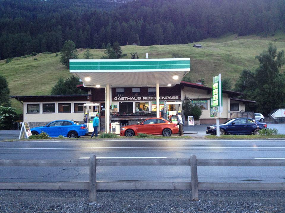 Name:  Stelvio getting fuel.jpg Views: 528 Size:  132.9 KB