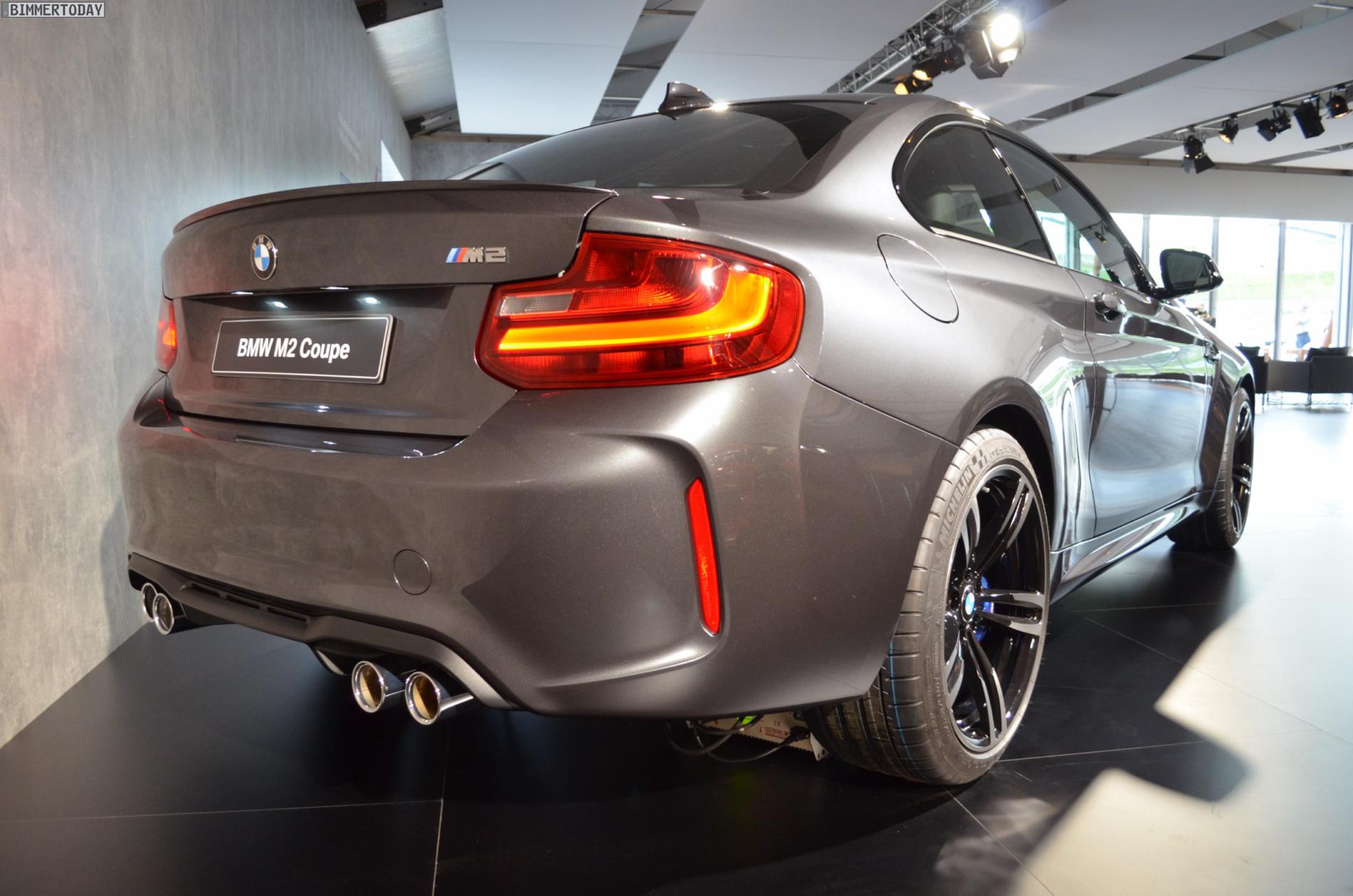 Name:  BMW-M2-Mineralgrau-F87-Mineral-Grey-05.jpg Views: 28586 Size:  653.5 KB